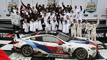BMW wins the 24 Hours of Daytona and dedicates victory to Charly Lamm – Alex Zanardi makes inspirational appearance in the BMW M8 GTE.