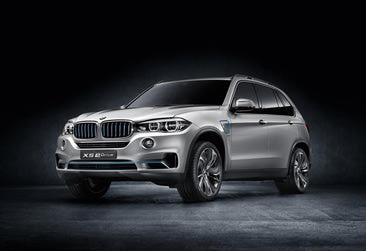 BMW eDrive meets BMW xDrive - a pioneering combination delivering efficient driving pleasure: The BMW Concept X5 eDrive.