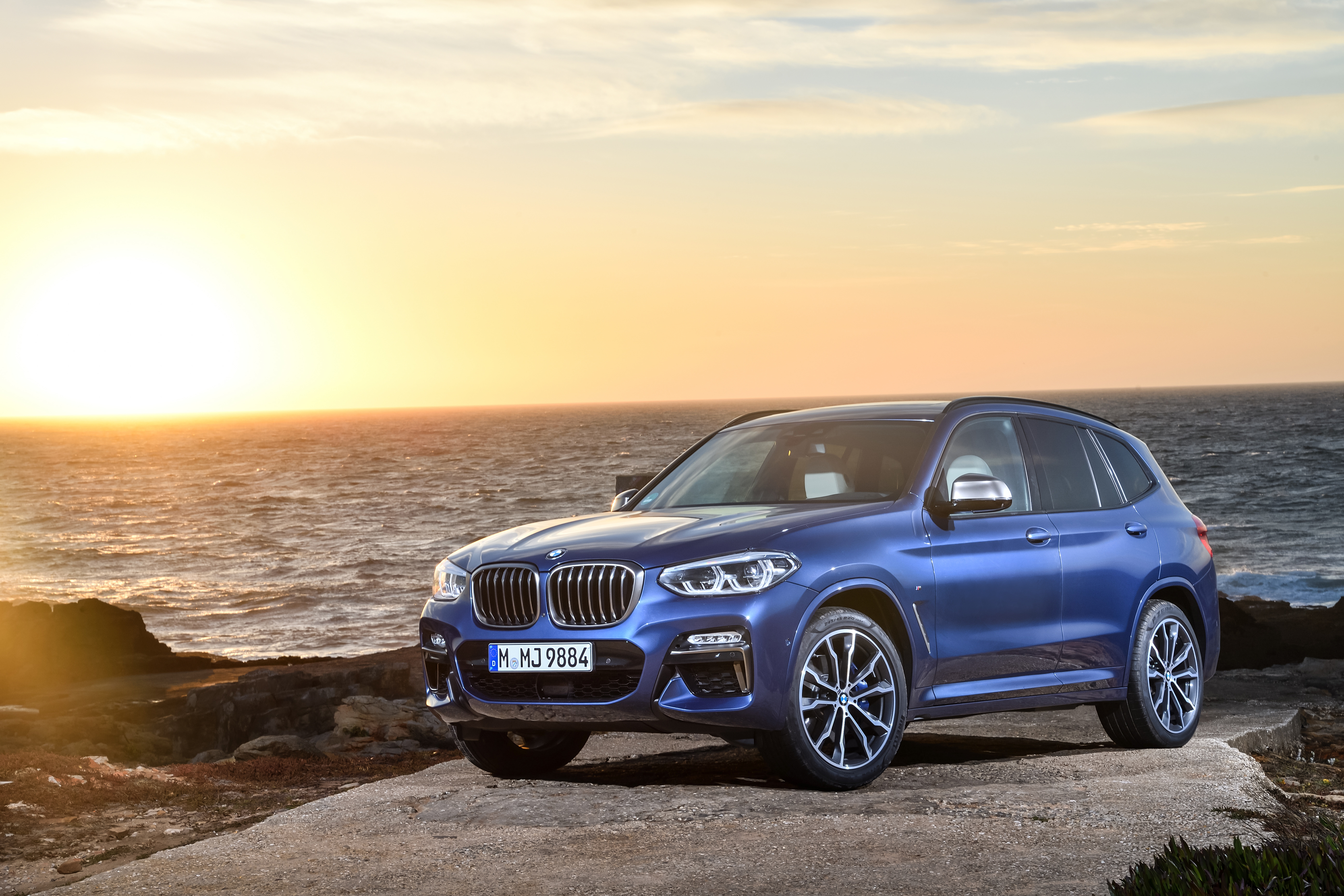 BMW Group remains world's leading premium automotive company in 2018